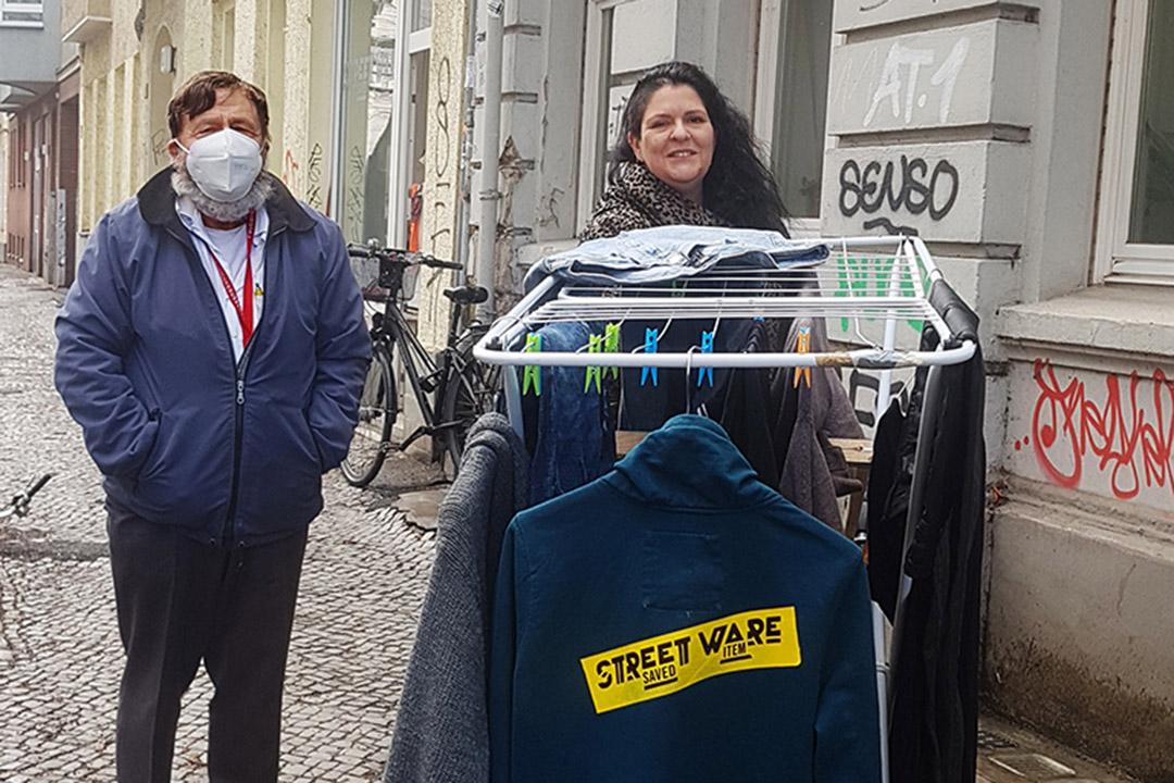 STREETWARE_saved_item STREETshopping mit Jan Markowsky & Céline Iffli ©caveng