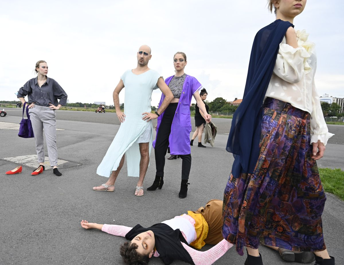 Annelie | Marlene Sommer | Laura- Marie  Gruch | Philairone | Sarah Nevada Grether | Céline Iffli-Naumann ©Anja Grabert